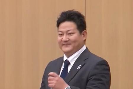 橋本 伊佐也 先生